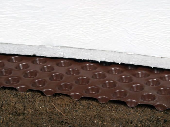 A Superior Solution For Sealing Insulating Your Home S Crawl E