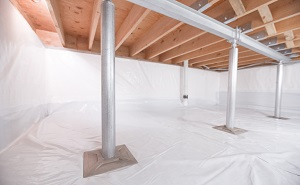 Crawl space structural support jacks installed in Huron Park